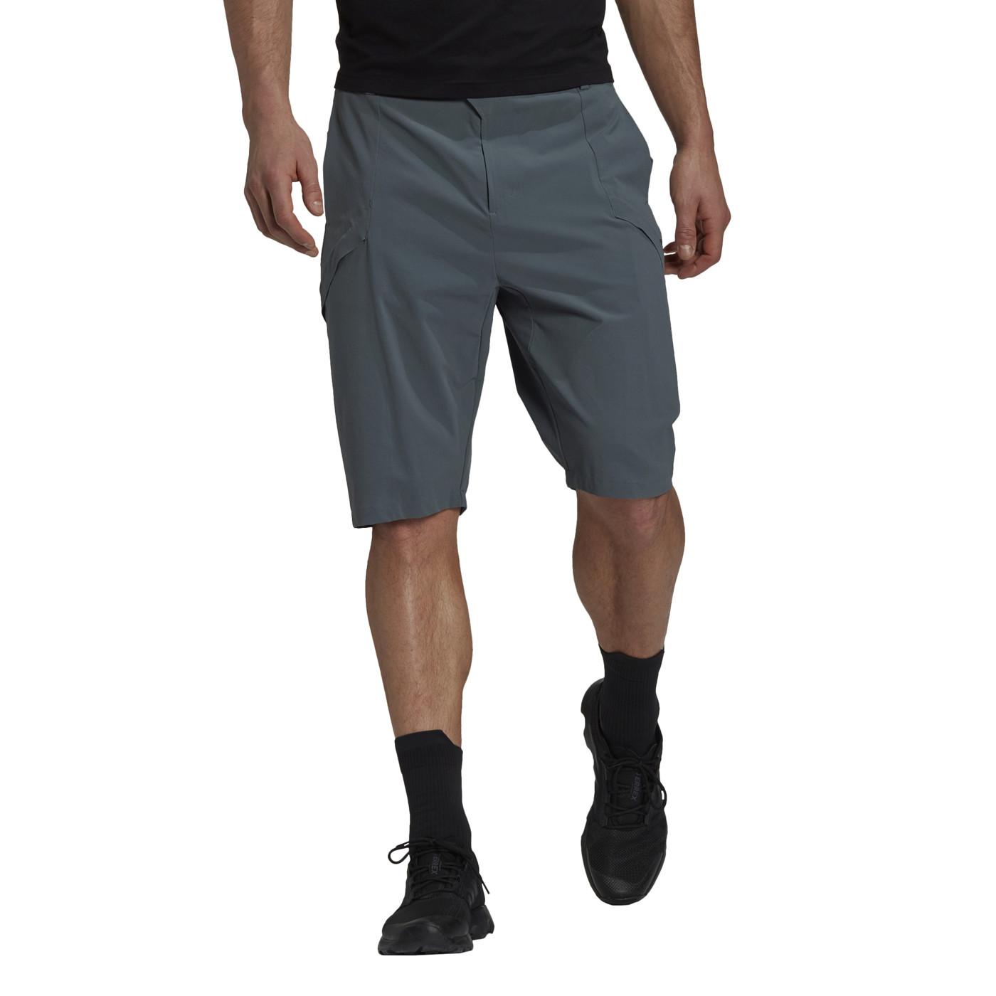 ADIDAS Hike Shorts - Herren